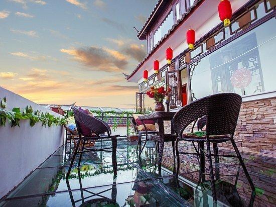 Two Cattle Inn Lijiang