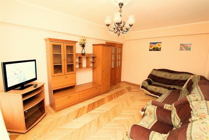 Kvartira V Tsentre 407 Apartments