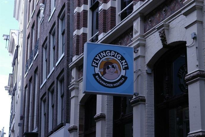The Flying Pig Downtown Youth Hostel