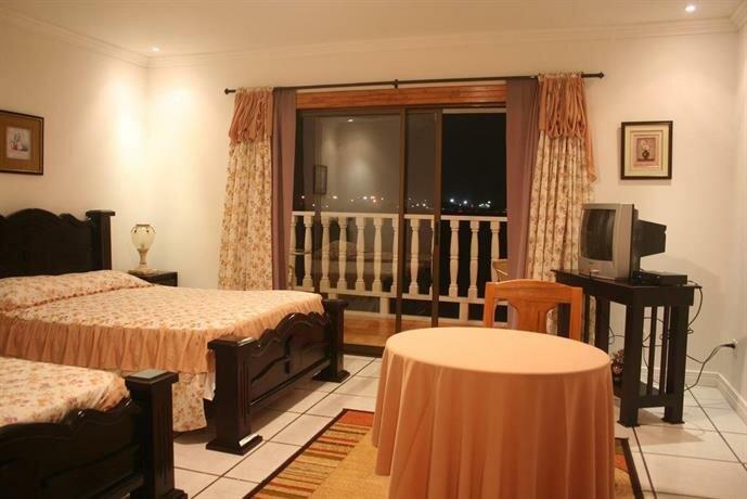 Hotel Y Restaurante Costa Del Sol