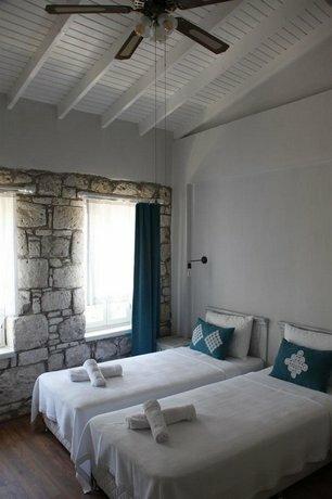 Otel Senice