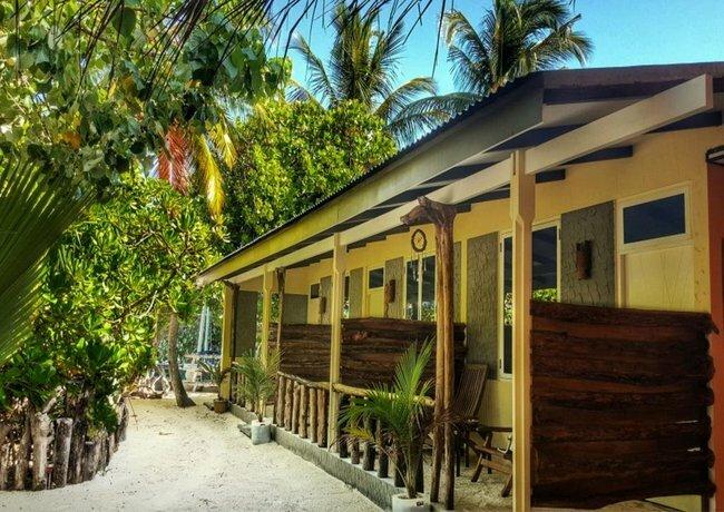 Rasdhoo Island Inn