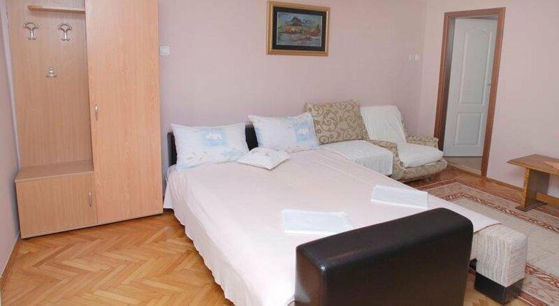 Апартаменты в Рафаиловичи