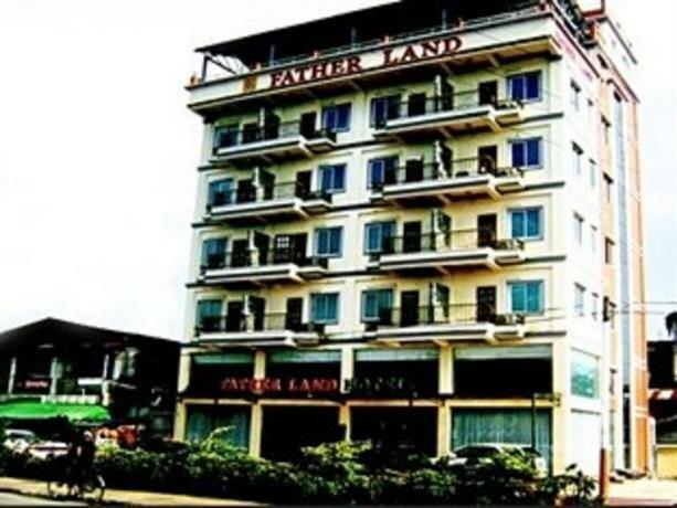 Royal Boss Hotel