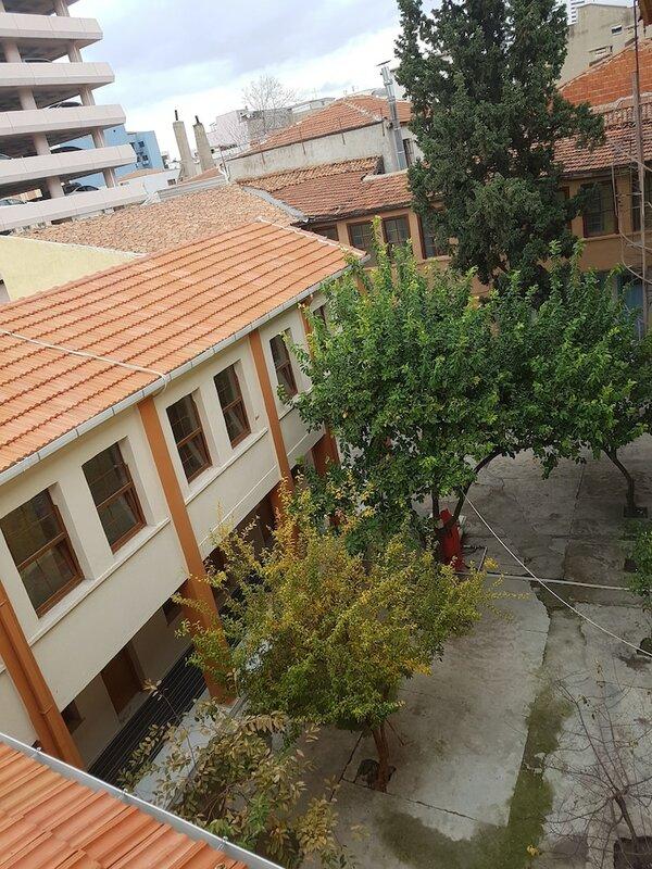 Tarihi Manisa Akhisar Oteli