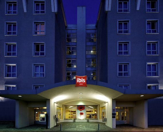 Ibis Florence North Airport Hotel