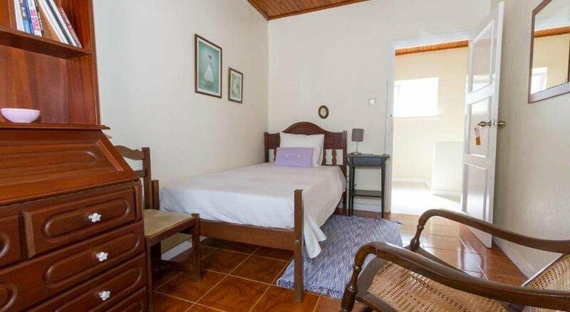 Porto Pim Guest House