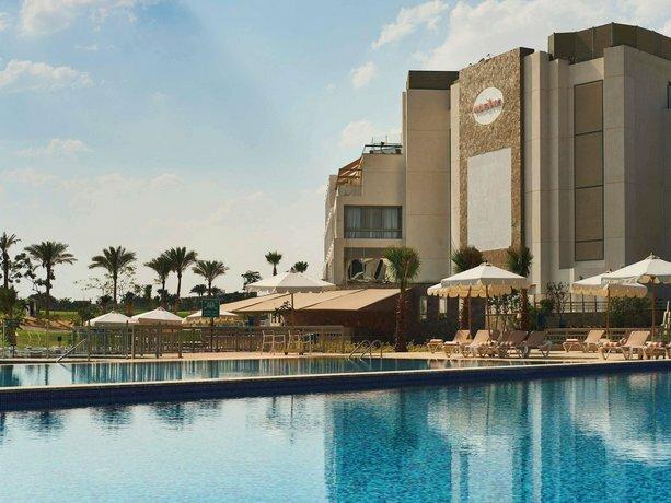 Movenpick Resort & Golf Einbay