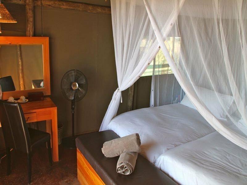 Intu Africa Suricate Tented Kalahari Lodge