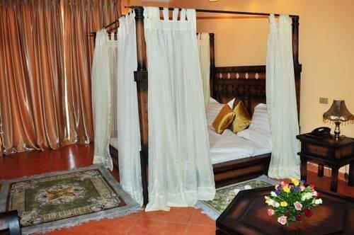 Pyramid Hotels & Resort Et