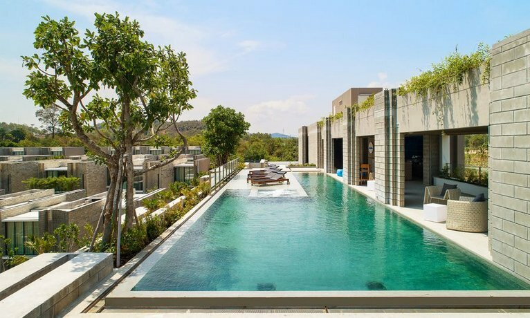 X2 Pattaya Oceanphere Residences