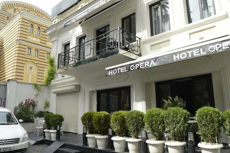 Opera Rooms & Hostel Tbilisi