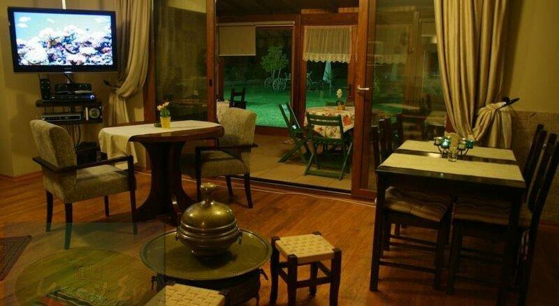 Yeşil Ev Butik Kır Evi & Kahvaltı Bahçesi