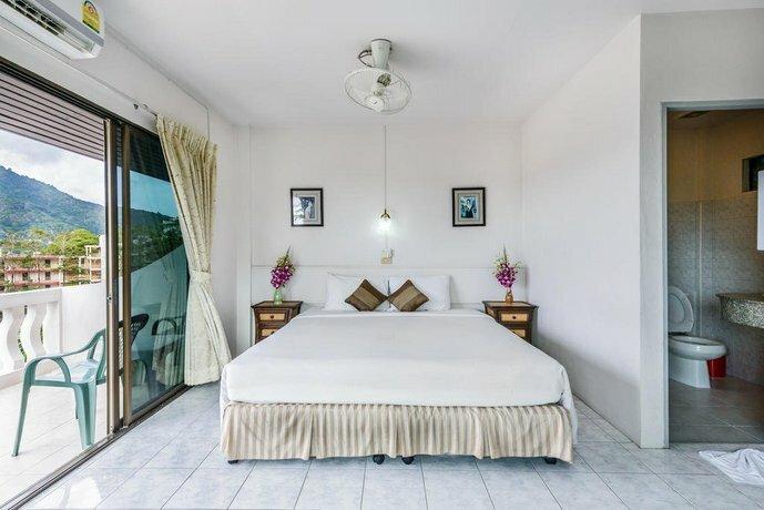 Hotel Kata Hill Sea View
