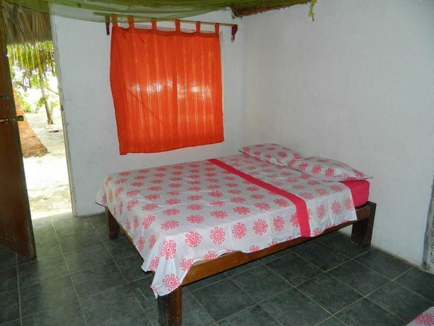 Cabanas Camping Ria Celestun