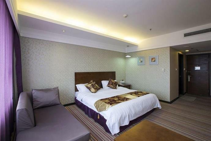 Dandong Jiushuixia Business Hotel