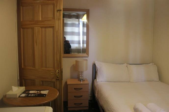 Whitechapel Rooms
