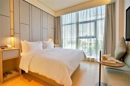 Ji Hotel Shenzhen Shennan Avenue Huaqiang