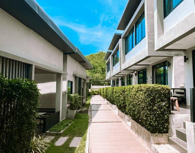 Koh Larn Villa Resort