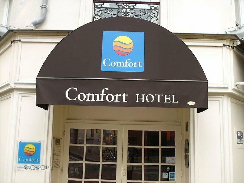 Comfort Hôtel Montmartre Place du Tertre