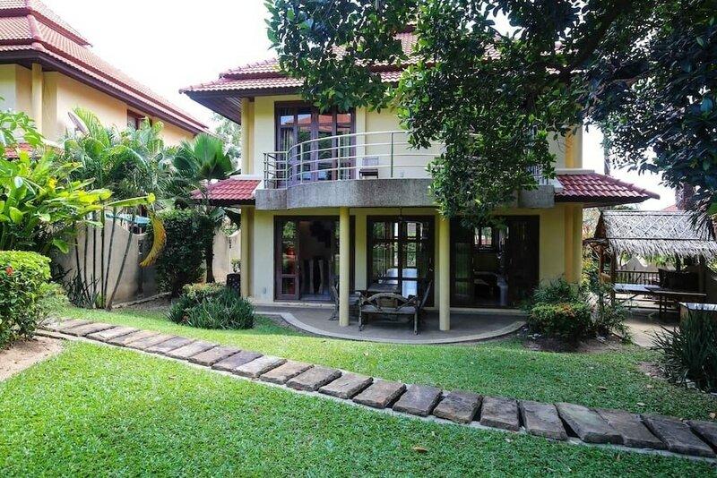 3-Bedroom Villa on Beachfront Resort Tg11