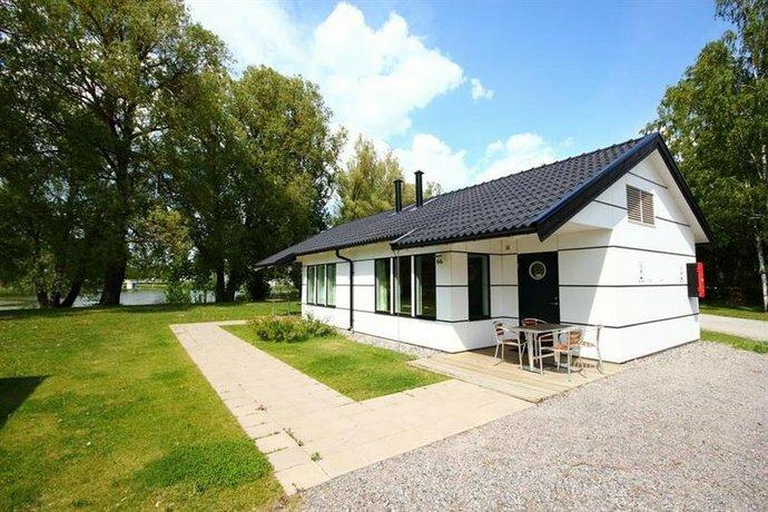 Gustavsvik Stugby & Camping