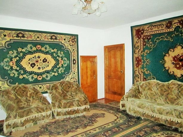 Rovados Guest House