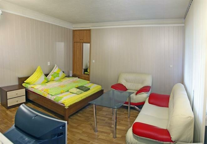 One Bedroom Standart Near Festyvalna Square Apartments