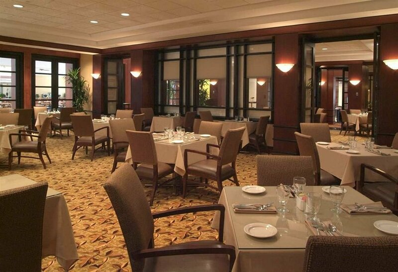 Embassy Suites Cleveland - Downtown