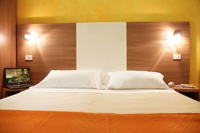 Hotel De La Ville Rimini