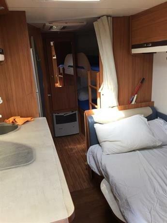 Avia Caravan