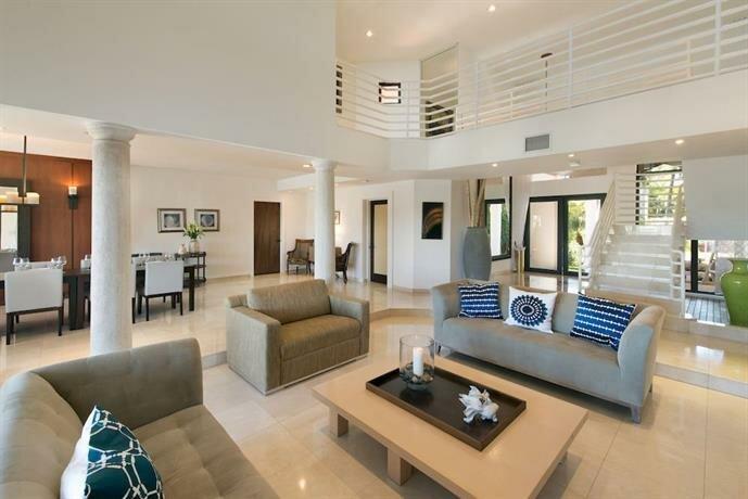 Villazzo VillaHotels Miami Beach