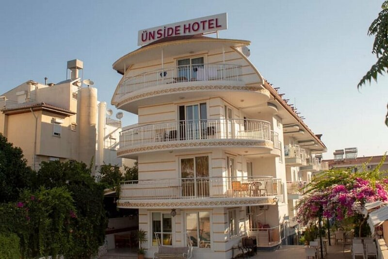 Ün Side Hotel