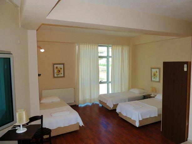 Serrah Hotel