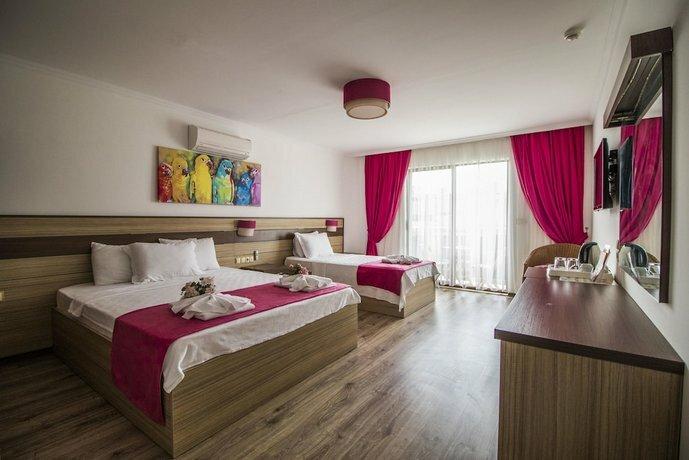Eden Pyara Hotel