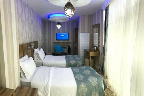 Crystall Hotel