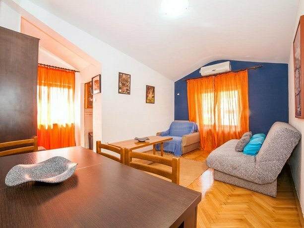 Durovic Guest House