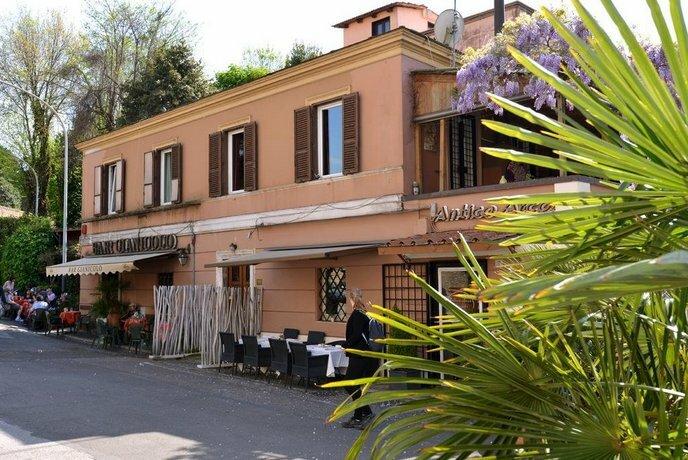 Gianicolo Terrace