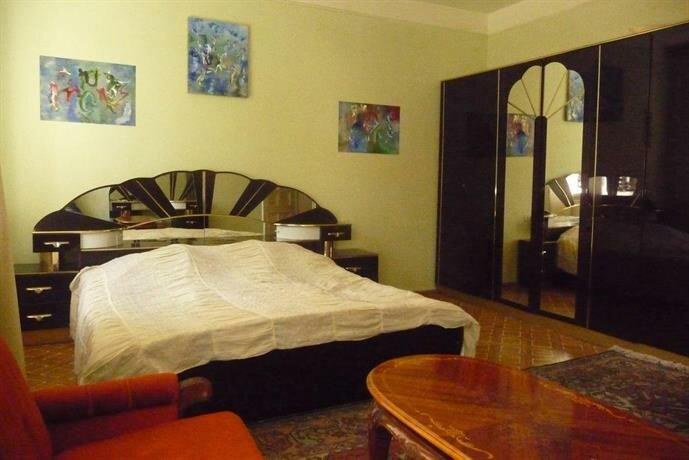 Aram Guest House