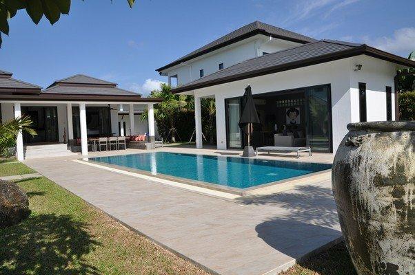 Lagoon Villa by Jetta