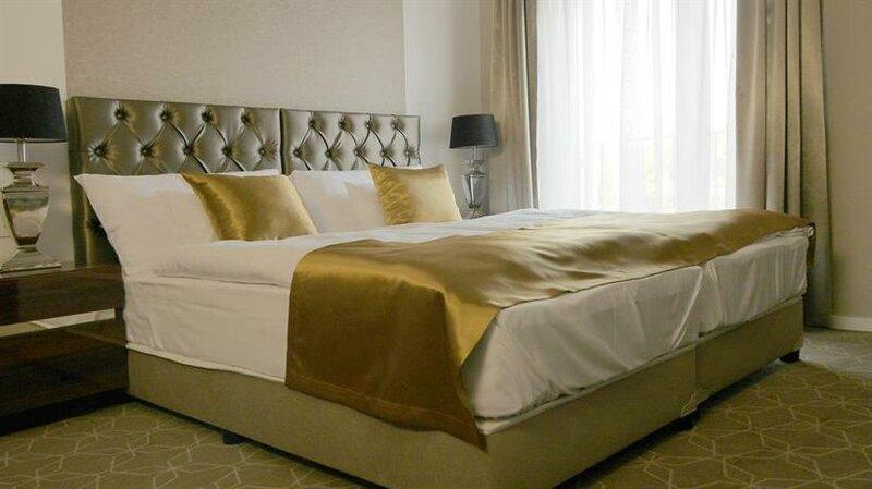 Hotel Merops Meszaros