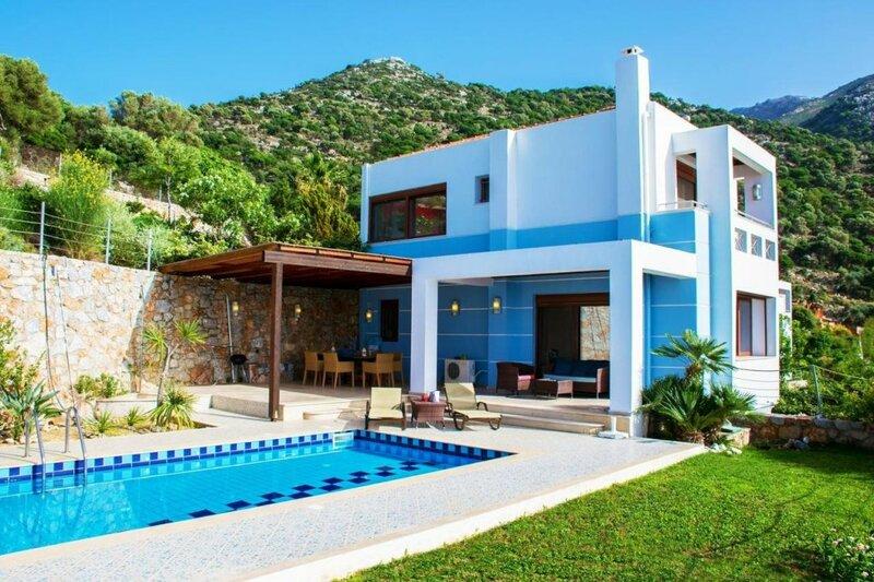 Okeanides Villas