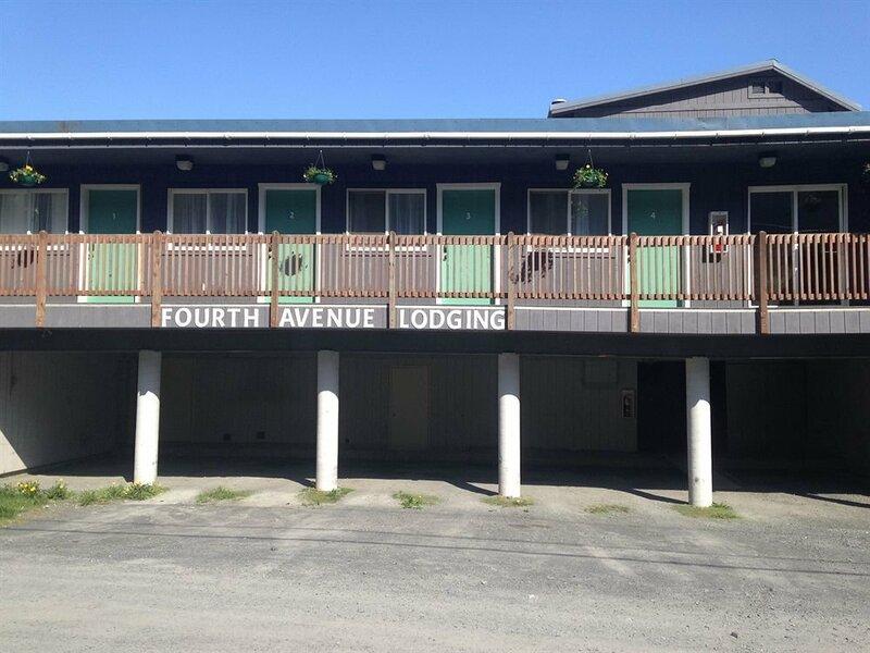 Fourth Avenue Lodging
