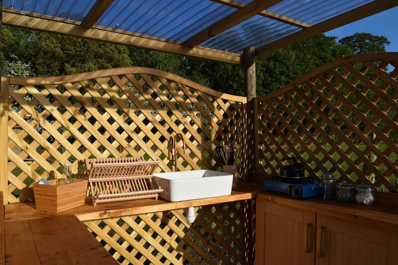 Quex Livery Glamping