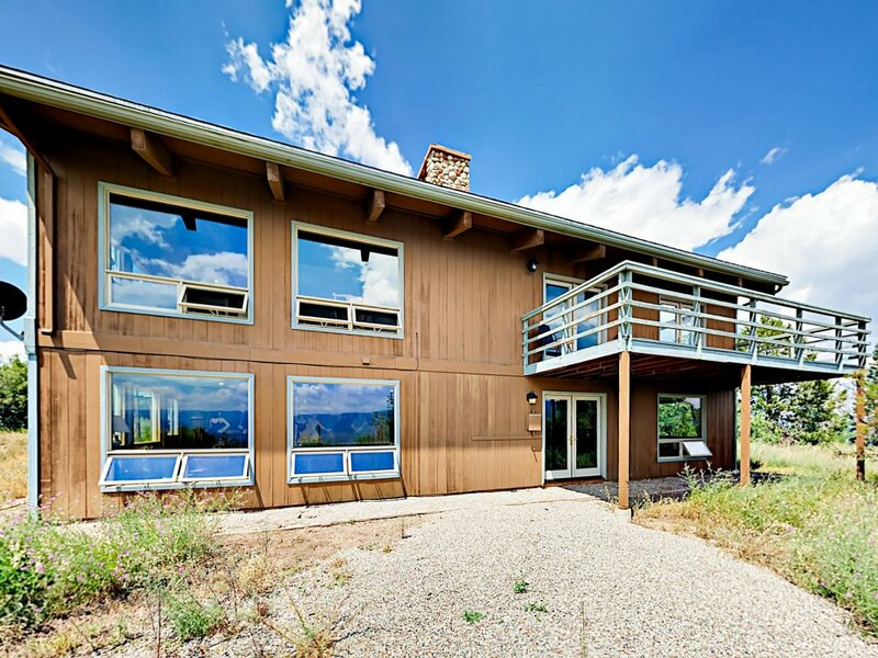 6br W Epic Valley Views & Game Room 6 Bedroom Home