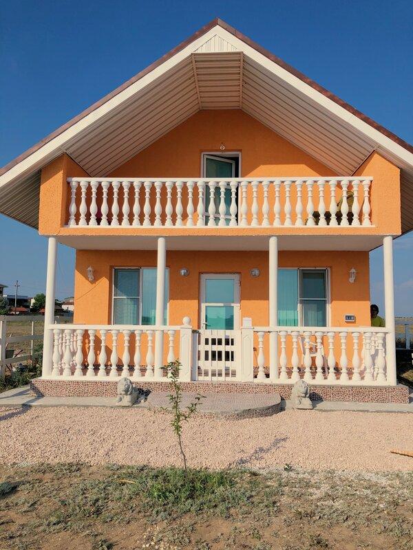 Крымский курорт домики у моря