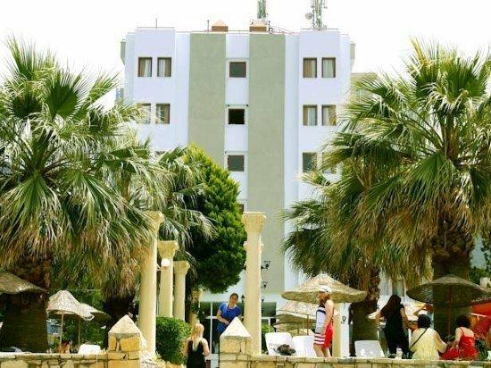 Nuova Beach Hotel - All Inclusive