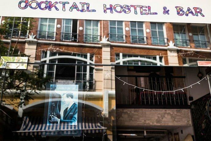Cocktail Hostel & Bar Silom Bangkok