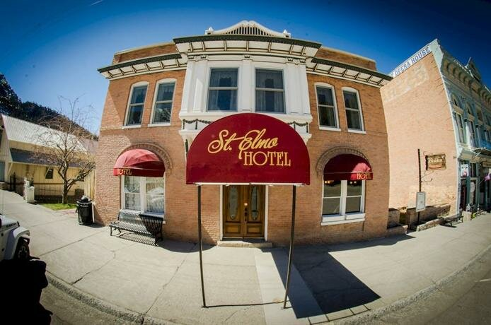 St. Elmo Hotel