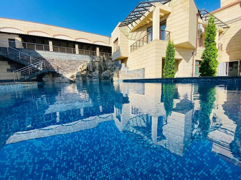 Апарт-Отель Grand Hills Yerevan